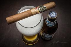 _MG_8006 (J. Daniel Escareno) Tags: ajfernandez sanlotano connecticut cigar cigars bluemoon beer belgian white wheatbeer canon canonrebelt3 rebelt3 eos eos1100d