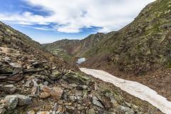 Basses de l'Estany Negre, Principat d'Andorra (kike.matas) Tags: canoneos6d kikematas canonef1635f28liiusm bassesdelestanynegre parcnaturaldelcomapedrosa arinsal lamassana andorra andorre principatdandorra paisaje pirineos montaas nature nieve nubes rocas comapedrosa gr11 canon lightroom4