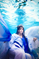 (bdrc) Tags: asdgraphy    novel underwater  hanfu traditional costume cosplay floating natsuki water pool sony a6000 selp1650 kitlens meikon housing blue