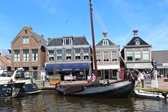 Lemsteraak LE50, a fishing boat (Davydutchy) Tags: port harbor boat fishing harbour july frise friesland ijsselmeer lemmer aak vissersboot 2016 fryslân frisia lemsteraak le50 delemmer fryskemarren