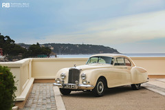 Bentley R-Type Continental (Raphal Belly Photography) Tags: rb raphal monaco principality principaut mc montecarlo monte 98000 carlo hotel de paris french riviera south france luxury supercar supercars spotting car cars voiture automobile raphael belly canon eos 7d photographie photography casino bentley rtype continental r type cream crme beige old