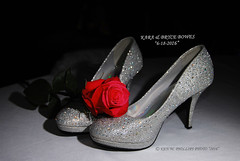 DSC_0676CCR_K&BTXT_TXTCPYRTKWP2016_W (KEN W. PHILLIPS PHOTO) Tags: wedding weddingday reception shoes redrose highheels kara kenwphillipsphoto karabryce2016 simplybeautiful specialday