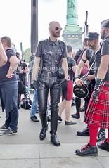 """bootsservice 16 490054 (bootsservice) Tags: paris """"gay pride"""" """"marche des fiertés"""" bottes cuir boots leather sm motards motos motorcyclists motorbiker caoutchouc rubber uniforme uniform orlando"""