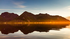 Mist of Gold (Trond Strmme) Tags: lofoten norway nordland northnorway norge sundklakkstraumen haveren kvalnesaksla middagstinden bheia rekdalen kleiva valle outdoor nature landscape vestvgya golden mountain mountains island summer sunset evening mist gold fog misty calm reflections
