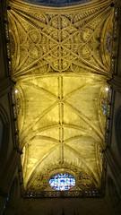 'The Ceiling Of Light' (EZTD) Tags: eztd eztdphotography eztdphotos photos fotos sevilla seville sevilha spain espana espagne spana ceiling catedraldesevilla dom cathedral santamaria stmary 2016 august2016 sonyxperiaz1compact