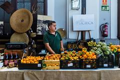 _DSF6617 (Antonio Balsera) Tags: madrid españa frutas gente es comunidaddemadrid museodelferrocarril frutería mercadodemotores