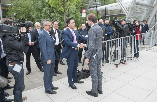 Simon Bridges greeting Alexander Dobrindt
