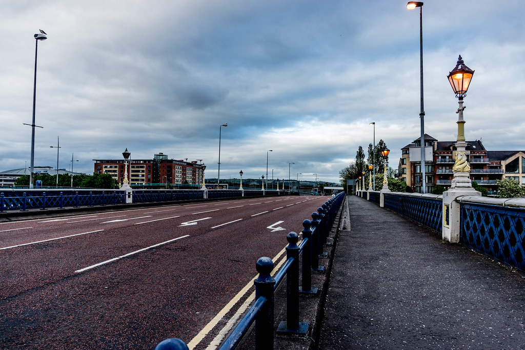 QUEEN'S BRIDGE JUST BEFORE NIGHTFALL [BELFAST] REF-104969