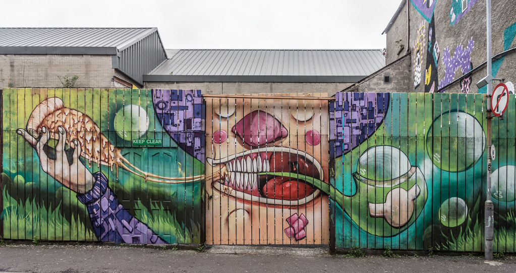 Street Art In Belfast [May 2015] REF-104688