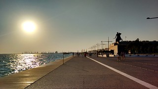 Alexander the Great on the right,Glorious sun on the left,me in the middle | Thessaloniki,Greece