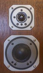Yamaha NS-690 3-Way Bookshelf Loudspeaker System (AudioClassic) Tags: japan loudspeaker bookshelf system yamaha 1970s audio speakers 3way vintageaudio vintagehifi hifistereo yamahans690 audioclassic