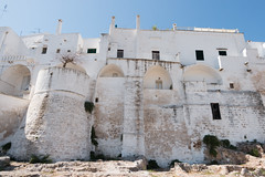 IMG_7717 (jaglazier) Tags: 13thcentury 13thcenturyad 15thcentury 15thcenturyad 17thcentury 17thcenturyad 2016 8216 apulia architecture august buildings castles centrostorico cittabianca copyright2016jamesaglazier fortresses forts hilltowns houses italy oldtown ostuni spanish towers urbanism walls whitecity circuitwalls cities roundtowers streetscapes whitewash whitewashed puglia