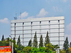 Windowless Building (BxHxTxCx) Tags: building office jakarta kantor gedung