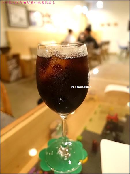 弘大 下面咖啡 提拉米蘇 (26).JPG