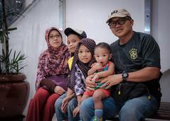 DSCF1157 (Gloomis10) Tags: streetphotography potd portraits family frends kids