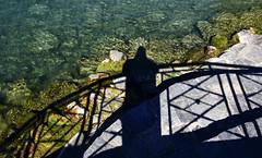 L'ombre du photographe (Diegojack) Tags: nikon nikonpassion d7200 insolite ombres léman photographe diegojack barrière morges