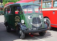 KUT 319. (curly42) Tags: transport vehicle morris minibus toddington roadtransport morrisjtype kut319 sharpesofleicester gwsrbusrally2016
