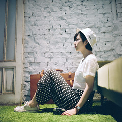 () Tags: rolleiflex 28e carl zeiss kodak portra800 tlr 120 6x6 square  taiwan taipei portrait bokeh light pregnancy  cafedegear