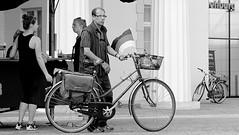 Just one hour in my hometown ! ( 15th run ) - in the pedestrian zone ! (tusuwe.groeber) Tags: street strase shot photographing aufnahme ablichtung oldenburg sony nex7 lowersaxony niedersachsen germany deutschland fusgngerzone pedestrianzones rad fahrrad rder fahrrder bicycle bike velo schwarz weis black white sw bw blanco negro fiets