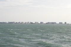 Baha (www.anhelarium.com) Tags: elpuertodesantamara cdiz baha de mar agua azul olas cielo puerto andaluca espaa sur spain verano summer