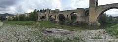 Puente de Besal (Las Fotos de Rafa Yanes) Tags: iphone6 ios apple besal pueblo country catalunya catalua