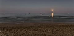 Luna llena de agosto I - August full moon I (jmpastorg) Tags: mediterraneo mar sea seascape waterscape playa beach alicante espaa spain sanjuan moon luna lunallena fullmoon 1750 2016 nikon