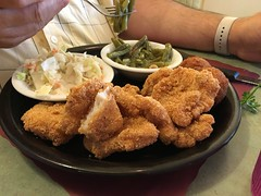 Catfish, cole slaw, greenbeens! YUM!! (King Kong 911) Tags: food shrimp catfish greenbeans coleslaw bananapudding