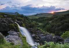 DSC_5746 (kenimcg107341) Tags: scotland central stirling sunset sundown f18 waterfall fintry loup 94 feet nikon d750 2470