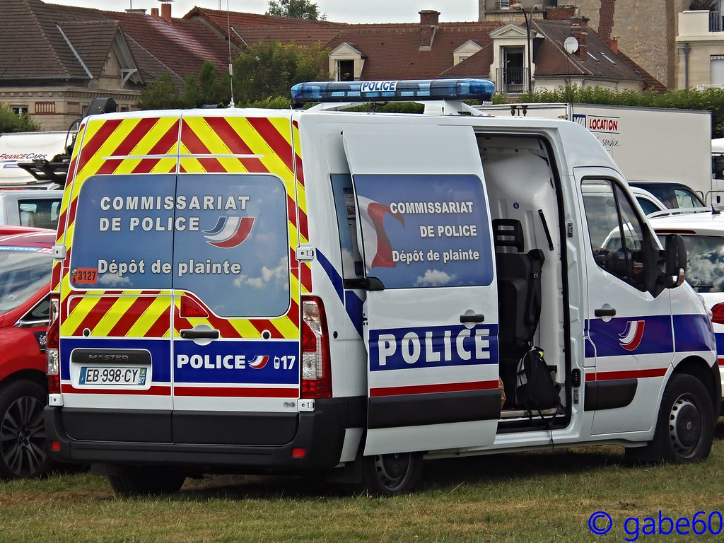 The world 39 s best photos of officiel and police flickr for Police tours