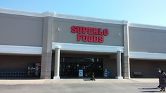 Albertsons in MS: East Southaven (Retail Retell) Tags: albertsons mississippi ms retail history east southaven desoto county opened early 1990s sold 2002 closed 2011 2012 superlo foods schnucks seessels goodman road former midsouth seesselsbyalbertsons