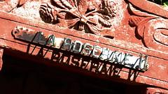 Marseillle 088 (molaire2) Tags: orange saint rose marseille theatre antique arc triomphe pont palais provence notre dame avignon garde ardeche darc grotte papes aven vallon orgnac benezet chauvet