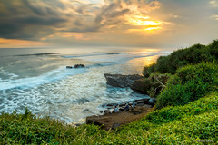 Cloudy Sunset Klating Beach (cokdesmara) Tags: cloudy sunset twilight dusk nightfall klatingbeach klatingcliff beach cliff tabanan bali indonesia nusantara sundown landscape seascape beachscape nature longexposure photography sea water outdoor