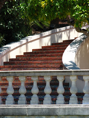 Hearst Castle staircase (lisafree54) Tags: california castle architecture free spanish staircase sansimeon hearstcastle curved hearst cco curving freephotos