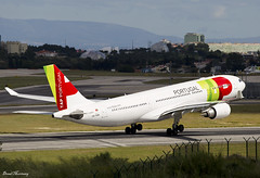 TAP Air Portugal A330-200 CS-TOM (birrlad) Tags: lisbon lis international airport portugal aircraft aviation airplane airplanes airline airliner airlines airways taxi taxiway takeoff departing departure runway rotate climbing tap airbus a330 a332 a330200 a330202 cstom tp207 newark cloud