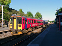 153369 & 153325 Liskeard (4) (Marky7890) Tags: fgw gwr 153369 class153 supersprinter dmu 2p78 liskeard railway station cornwall train 153325