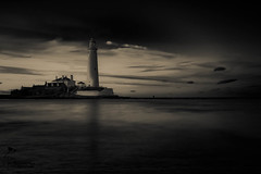 Whitley Sunset mono 3 (View From The Chair Photography) Tags: monochrome mono blkwhite sea seascape longexposure lighthouse
