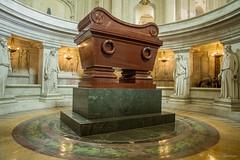 Sarcophage de Napolon Ier au dme des Invalides (AntLab75) Tags: tombeau napolonier sarcophage dmedesinvalides invalides paris france empire bonaparte napolon