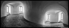 Rundetårn, København 7-5-2015 (Henk Zwoferink) Tags: black with toren whit zwart wit kopenhagen københavn henk denemarken rond rundetaarn rundetårn hoofdstad zwoferink wwwhenkzwoferinknl 752015