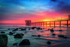 Sun is rising (Azarbhaijaan) Tags: blue sun water clouds sunrise rocks bluesky kuwait baghdadi pentaxk10d azharmunir drpanga abuhalaifa
