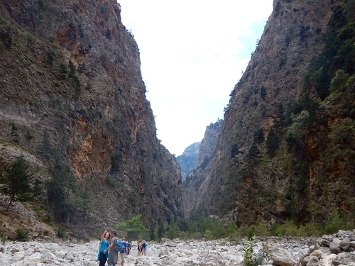 Starting the lower part of the gorge