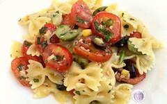 Ricetta pasta fredda pomodori olive tonno mais (RicetteItalia) Tags: estate pasta cucina ricette