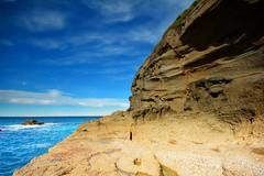 Weathered Rocks (Paul Hollins) Tags: seascape rocks australia newsouthwales cave aus winderosion catherinehillbay snapperpoint nikond7100