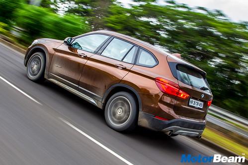 2016-BMW-X1-3