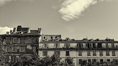 Faades Bastiaises (liofoto) Tags: sky blackandwhite canon noiretblanc corse ciel nuage toit mur fentre clounds faade bastia volet canon24105 eos6d