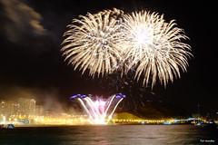 Fireworks 12 (Fotomondeo) Tags: fireworks fuegosartificiales alicante alacant espaa spain fujifilmxm1 hoguerasdesanjuan fogueres