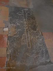Saint-Hilaire - Abbaye - Eglise (Fontaines de Rome) Tags: aude sainthilaire saint hilaire abbaye eglise pierretombale pierre tombale
