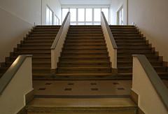 Z.V.T. (Maurits van den Toorn) Tags: trap stairs staircase treppe office kantoor kontor bro antwerpen anvers antwerp belgi belgique belgium interieur interior