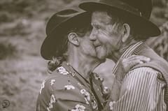 José y Raquel. (Yeison Perez Ph) Tags: old wedding love sepia 35mm amor jose raquel campo 18 abuelos perez yeison socota