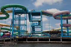 Water Slides! Indiana Beach, Monticello, Indiana (Roger Gerbig) Tags: swimming indiana waterslide monticello themepark indianabeach lakeshafer canonef24105f4lisusm canoneos5dmkii rogergerbig