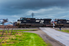 Panning Horseheads (Troy A. Snead) Tags: slowshutterspeed conrail northeastpa panshots exconrail nslakeeriedistrict